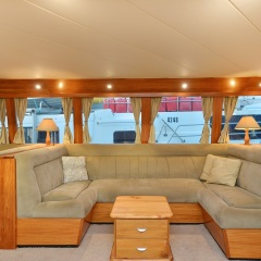Charter Boat Cairns - Salon Seating
