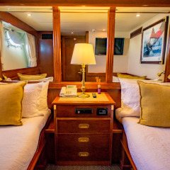 Luxury Charter Boat Great Barrier Reef, Queensland, Australia - Twin Stateroom