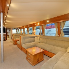 Charter Yachts Cairns - Salon Seating