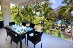 Condominium Beachfront Views - Drift Private Apartments, Palm Cove