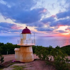 3 Day 2 Night 4WD Adventure Trip To Cooktown | Grassy Hill Lighthouse