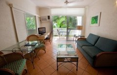 Coral Apartments One Bedroom Apartments - Port Douglas
