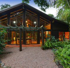 Daintree Holiday Homes - Daintree Holiday House Accommodation