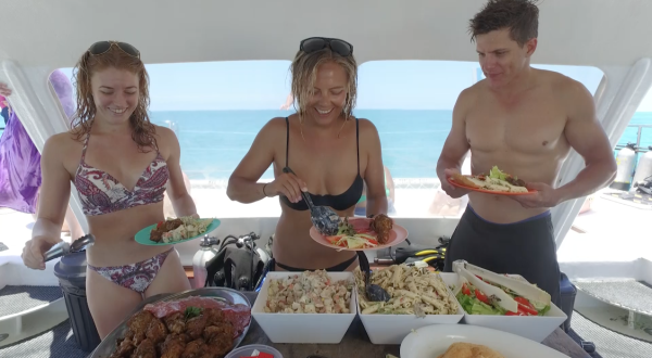 Delicious Lunch | Full Day Reef Trip