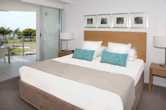 Modern Master Bedrooms - Vision Apartments Cairns Esplanade