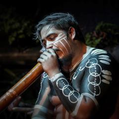 Didgeridoo Playing Aboriginal Cultural Dinner Show
