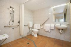 Disabled bathroom - Tropic Towers Holiday Apartments Cairns.