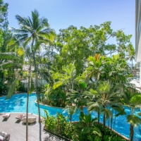 Drift Apartments Swimming Pool Palm Cove Beachfront Apartments