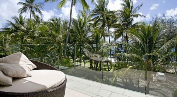 Drift luxury holiday apartments Palm Cove