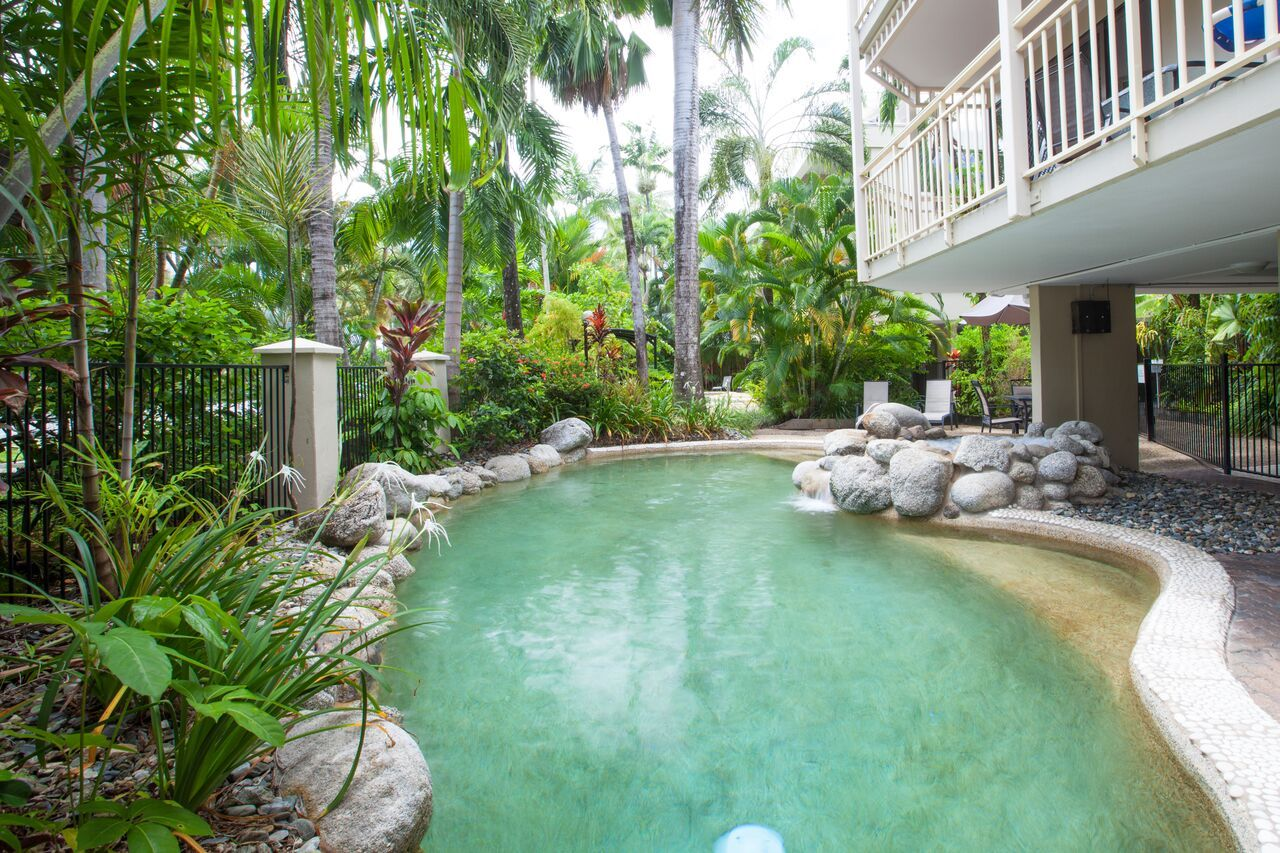 Port Douglas Accommodation Apartments Affordable 2 Bedroom