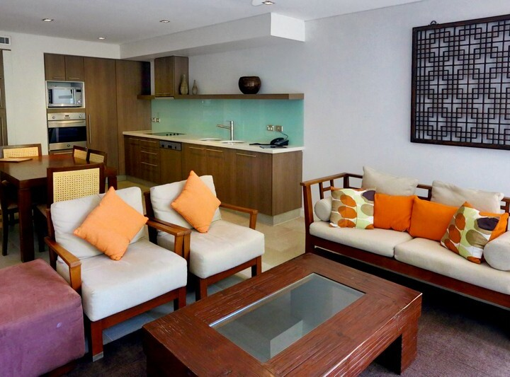 Each holiday apartment features individual decore - Palm Cove Private Apartments Sea Temple