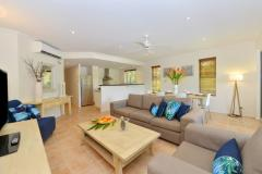 Elegant and spacious holiday apartment style accommodation - Cayman Villas Port Douglas Holiday Apartments