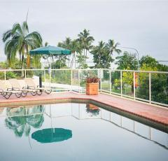 Elevated Swimming Pool with Views over Cairns Waterfront Esplanade