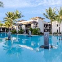Sea Temple Resort - Enjoy a swim in the huge resort Swimming Pool - Private Apartments within Sea Temple Port Douglas
