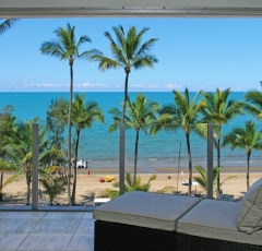 Enjoy stunning Ocean Views from your Private Balcony at Island Views Palm Cove