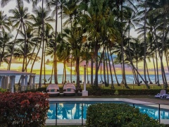 Enjoy stunning Sunrises over Palm Cove beach | Palm Cove private accommodation apartment