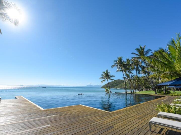 Enjoy the luxury facilities at Orpheus Island Resort