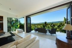 Enjoy the stunning views located in the heart of Port Douglas