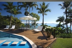 Enjoy tropical living and stunning ocean views from your private Port Douglas Holiday Home