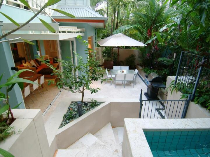 Port Douglas Holiday apartment -Enjoy your own piece of tropical paradise within the heart of Port Douglas, complete with private plunge pool and courtyard | Port Douglas Private Apartments