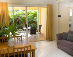 Esplanade apartments Cairns