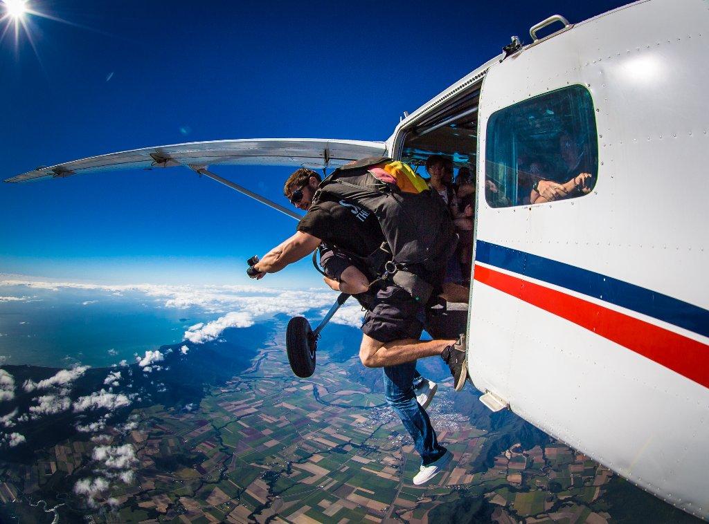 Parachute Tour Australia