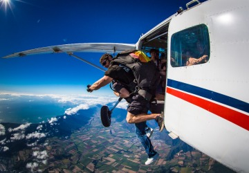 Cairns Attractions | Cairns Skydiving | Deals and Offers