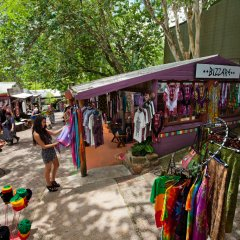 Explore the Kuranda Village markets