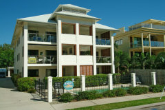 Exterior of Oceansprey Beachfront Apartments