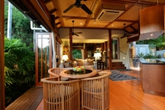 Far Pavillions Luxury Port Douglas Holiday Villa