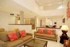 Four Bedroom Villa - Self contained Villas with Complimentary Breakfast Daily and Daily Servicing
