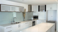 Fully Equipped gourmet Kitchen - Palm Cove Island View Holiday Apartments