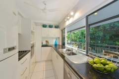 Fully Kitchen facilities Sorrento Holiday House - Port Douglas