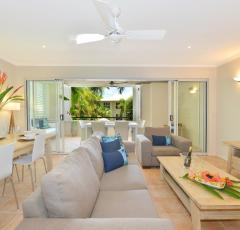 Fully self contained holiday apartments - Cayman Villas Port Douglas Holiday Apartments