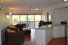 Fully Self Contained Kitchen - Beach Terraces Holiday Apartments Port Douglas