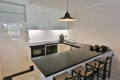 Fully Self Contained Kitchen Facilities - Private Palm Cove Beachfront Holiday Apartment