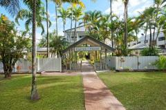 Garrick House Port Douglas Entrance