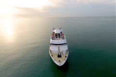 Great Barrier Reef Cruises - Cairns Cruises