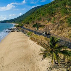 Great Barrier Reef Drive on the way to the Daintree Rainforest on 4WD tour