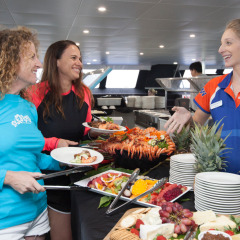 Great Barrier Reef Tour | Buffet Lunch