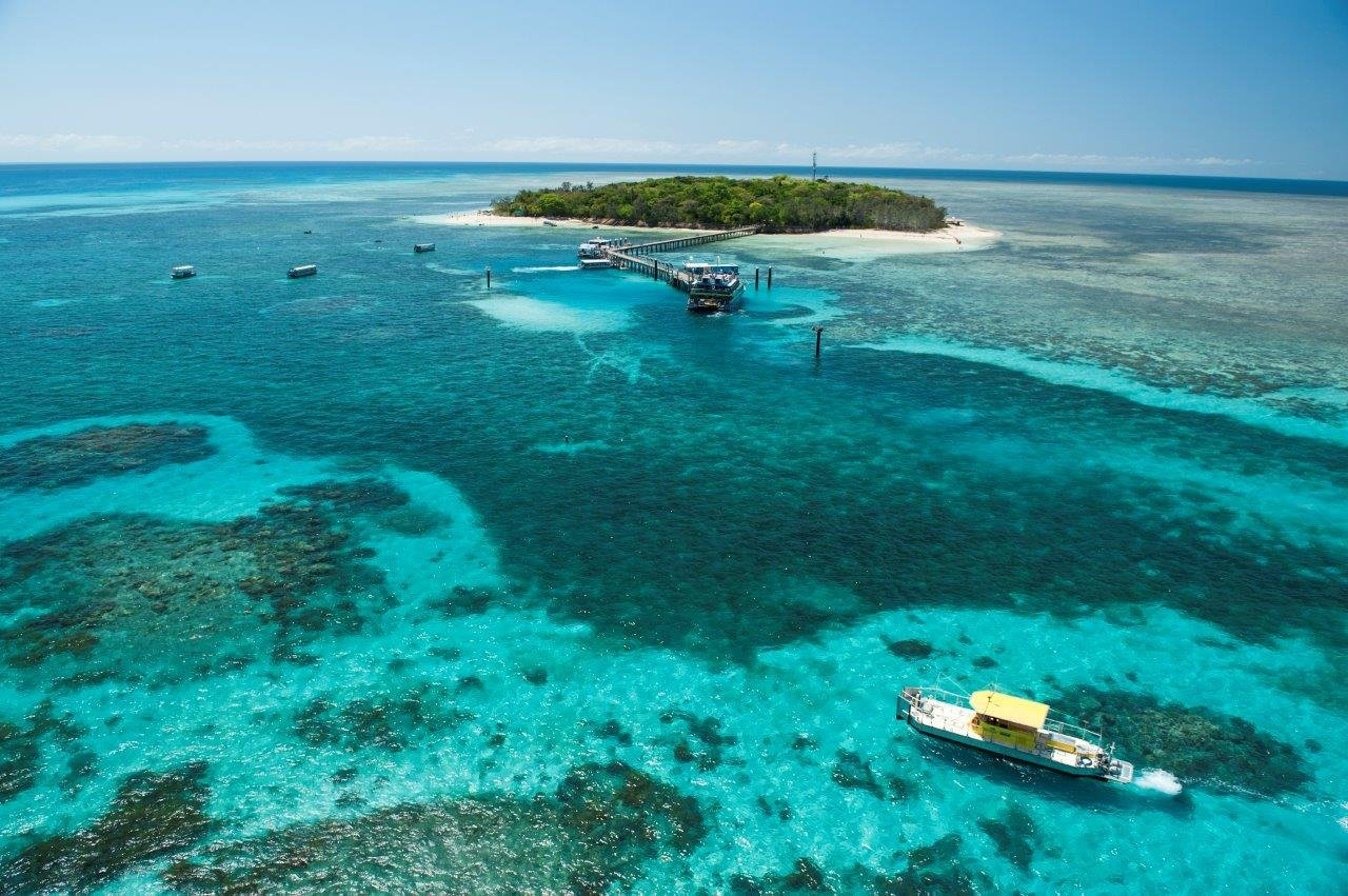 cairns attractions | green island ferry tour | great barrier reef