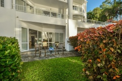 Ground Floor Apartment with access to Palm Cove Beach