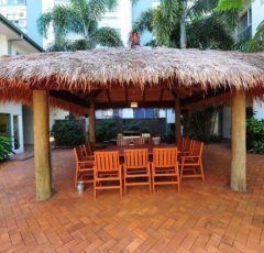 Guest BBQ Facilities - Coral Tree Inn Cairns Resort