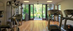 Gymnasium for those who like to keep fit on holiday in Port Douglas