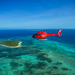 Helicopter flights Cairns - Green Island and the Great Barrier Reef