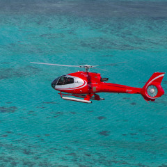 Helicopter flights from Cairns to the reef