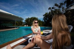 Enjoy the tropical lifestyle while on holidays at Hilton Hotel Cairns
