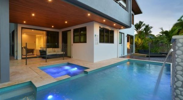Port Douglas Luxury Holiday Home | 4 Bedrooms | 4 Bathrooms