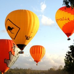Hot air balloon rides Cairns