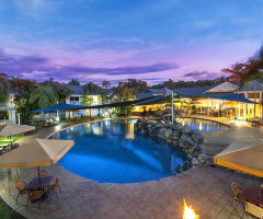 Lagoon Swimming Pool Hotel Grand Chancellor Palm Cove